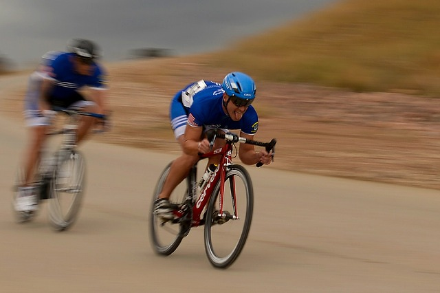 cycling-659740_640