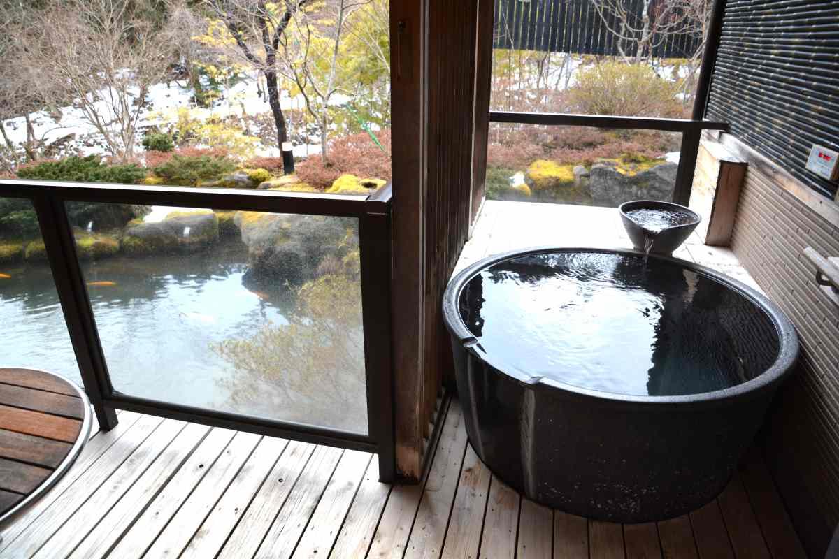 奥の院ほてるとく川の客室露天風呂