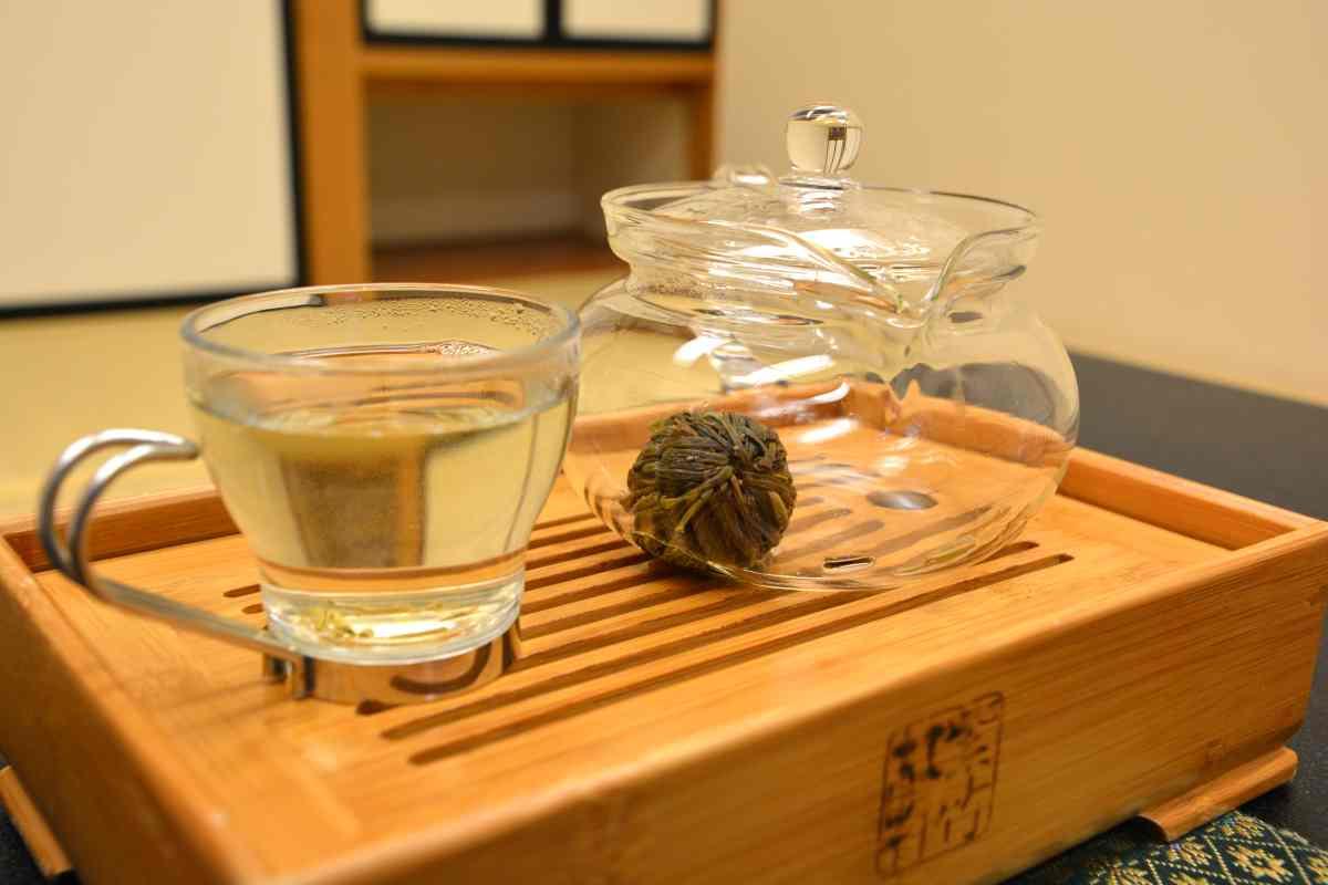 奥の院ほてるとく川のホットジャスミン茶